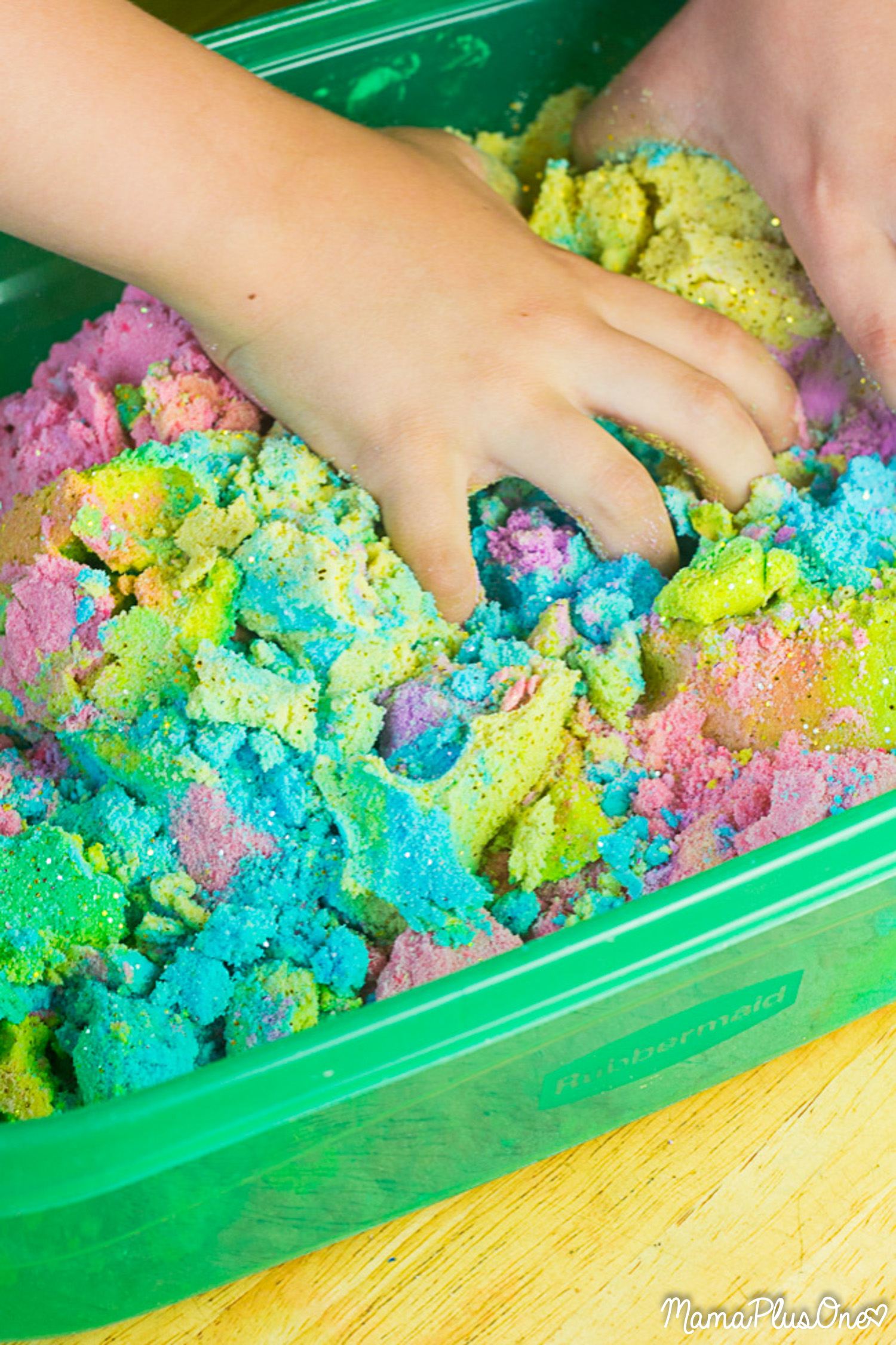 unicorn kinetic sand tutorial how to make this vibrant. Black Bedroom Furniture Sets. Home Design Ideas